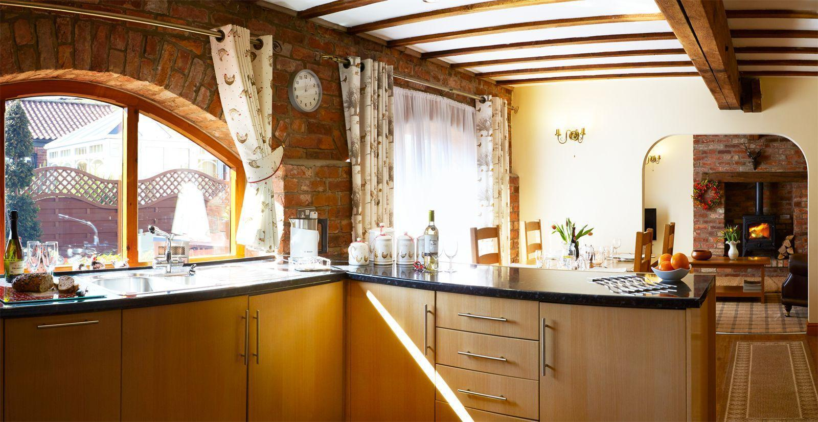 Spacious Open Plan Kitchen/living area in Humble Bee Cottage