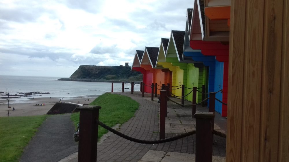 Enjoy our views of the castle from our beach hut! In Scarborough