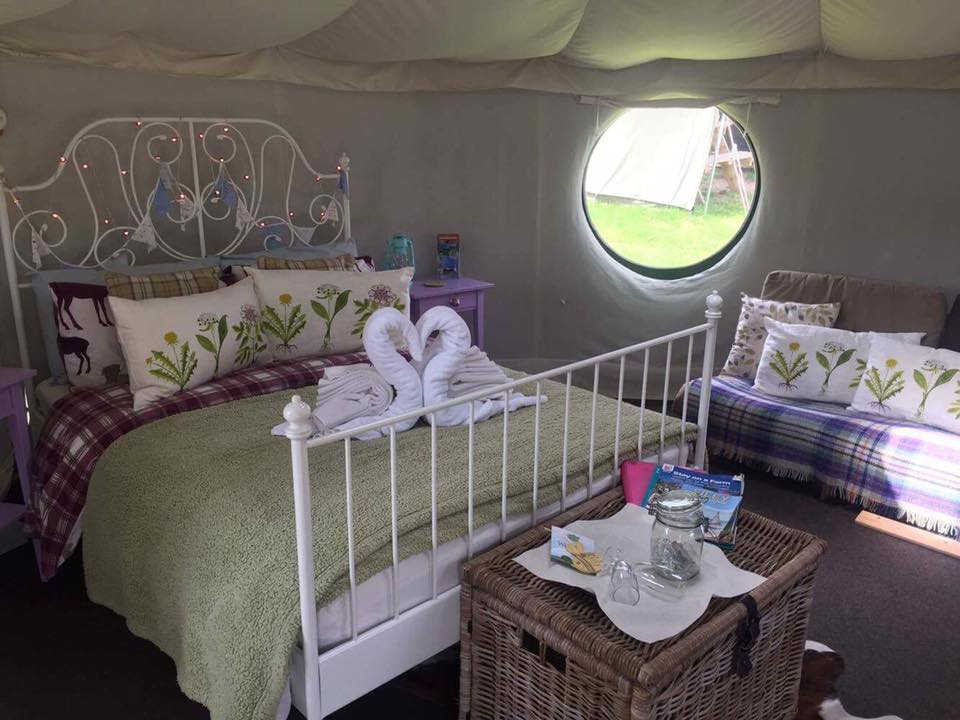 15% OFF glamping this Autumn!