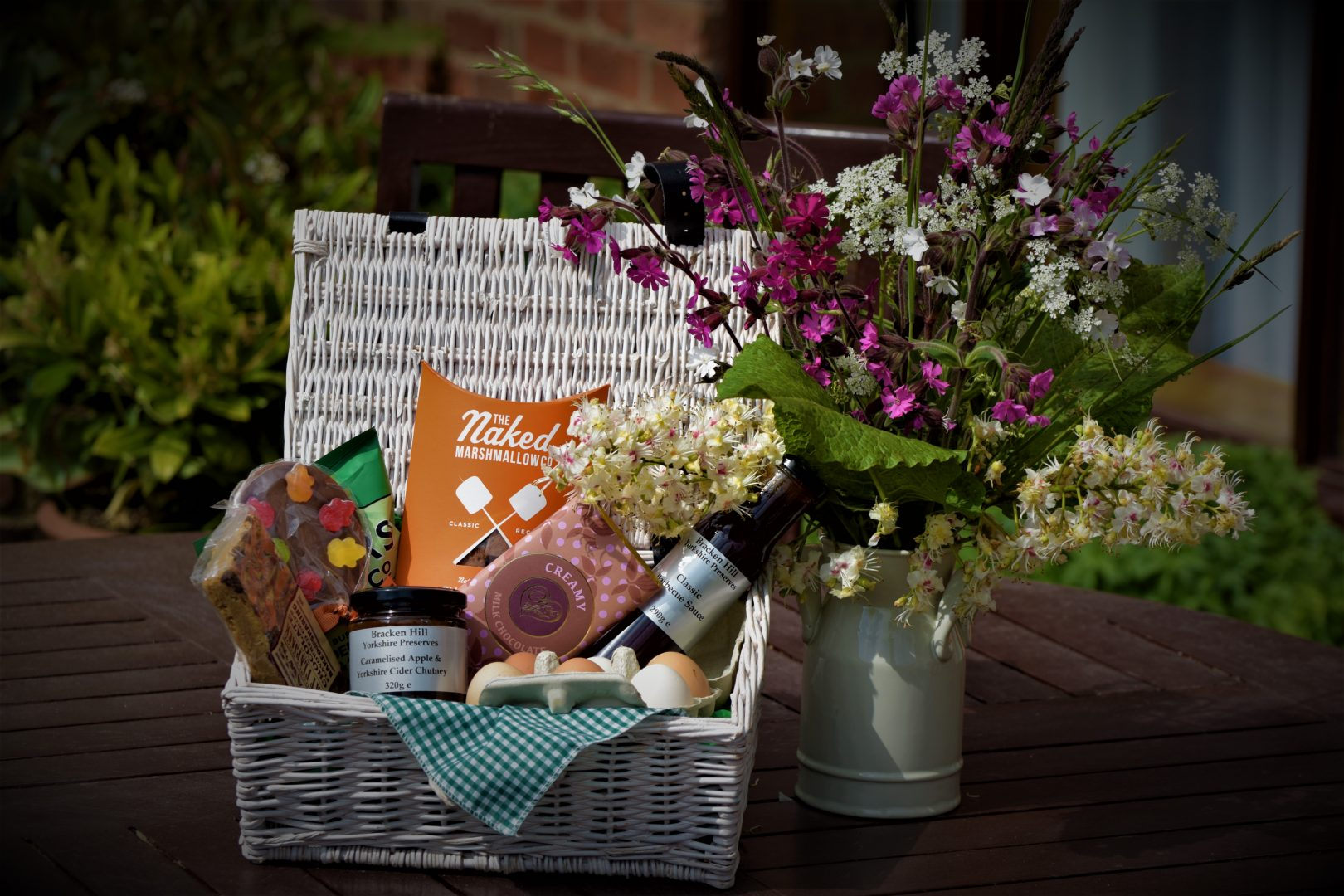 Free Yorkshire Hamper with Cottage Bookings!