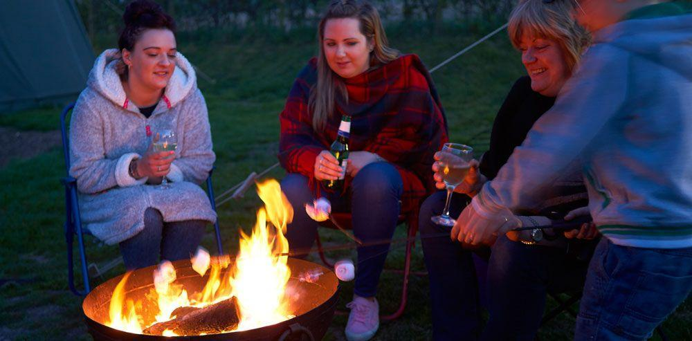 Time for a girly getaway? Enjoy the fire pits and catch up!